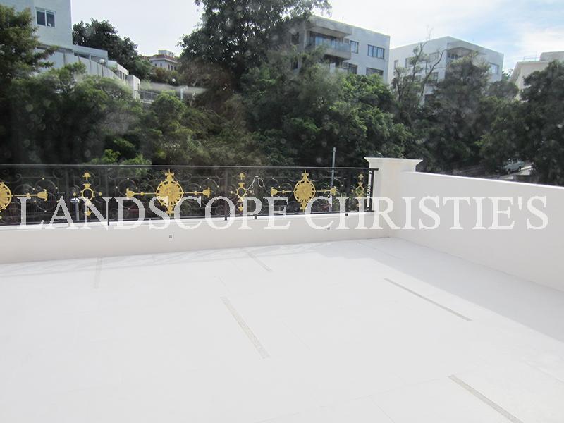 Residence/Apartment for Rent at Magnolia Chung Hom Kok, Hong Kong