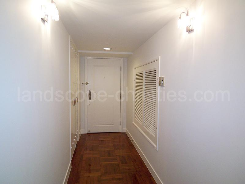 Additional photo for property listing at Ning Yeung Terrace 西半山, 香港