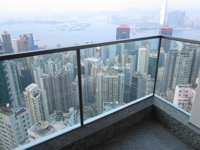 Additional photo for property listing at Azura Midlevels West, Hong Kong