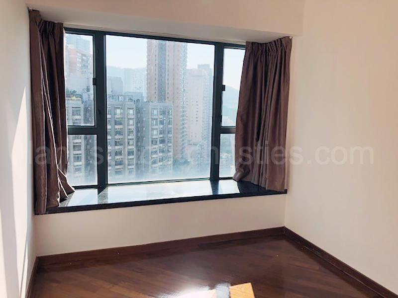 Additional photo for property listing at Robinson Road, 80 Midlevels West, Hongkong