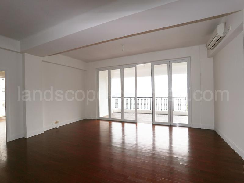 Additional photo for property listing at Repulse Bay Road, 115 Repulse Bay, Hong-Kong