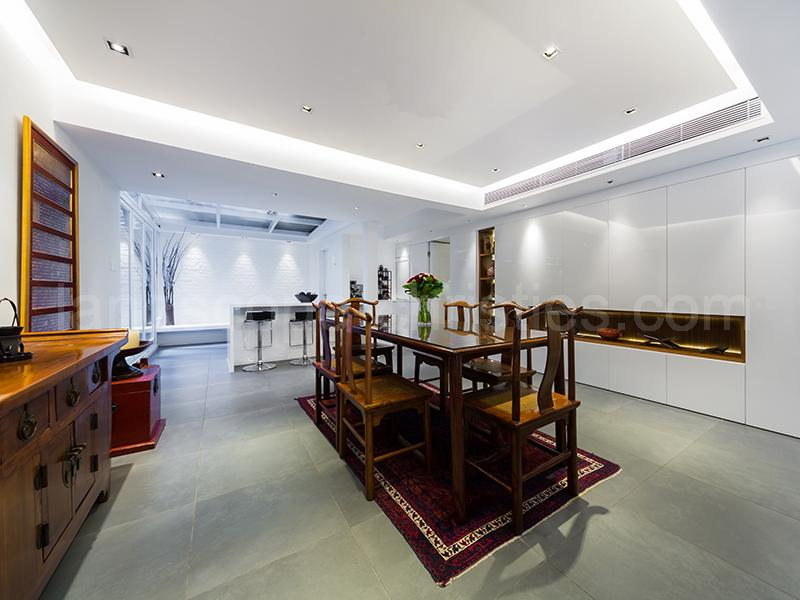 Additional photo for property listing at Conway Mansion Midlevels West, Hong Kong