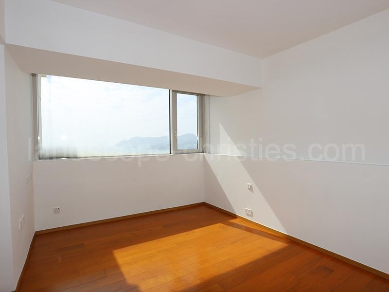 Additional photo for property listing at The Redhill Peninsula - Palm Drive Tai Tam, Χονγκ Κονγκ