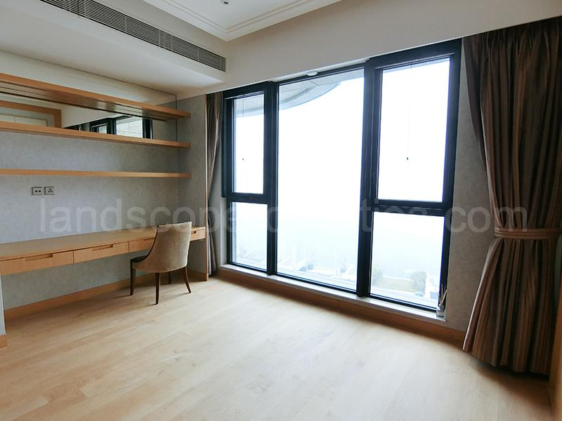 Additional photo for property listing at Severn Eight The Peak, Hong Kong
